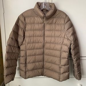 Uniqlo Ultra Light Down Packable Puffer Coat Jacket - L